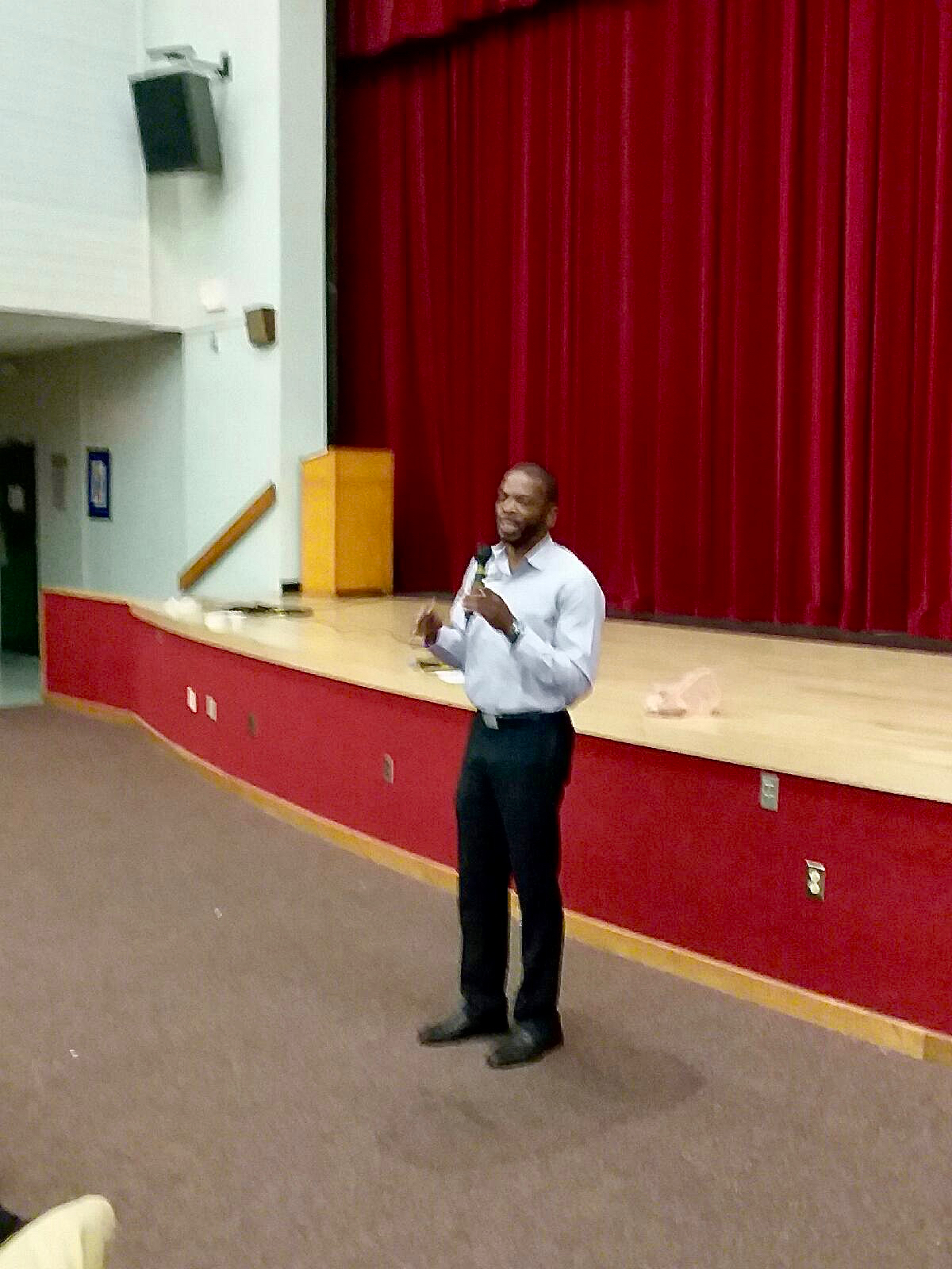 WAM discusses biomedical forms of HIV prevention Deerfield Beach High School Health Forum 04-03-17